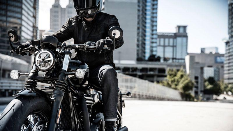 DVX-riding-4