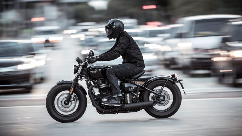 DVX-riding-5
